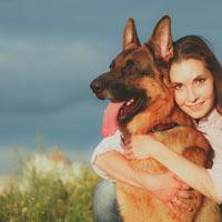 het verzorgen van een Duitse herdershond puppy